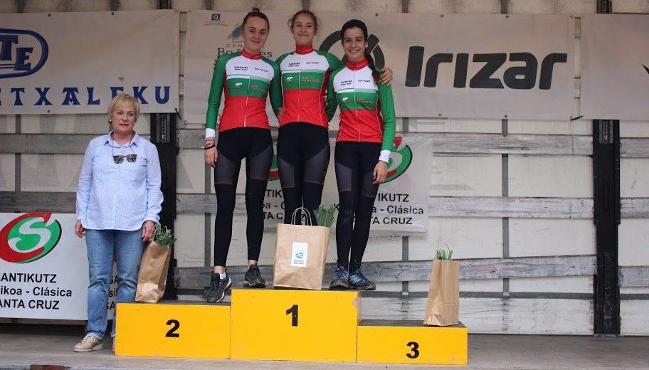 Txorierriko Nesken Taldea, con siete ciclistas en Pontevedra